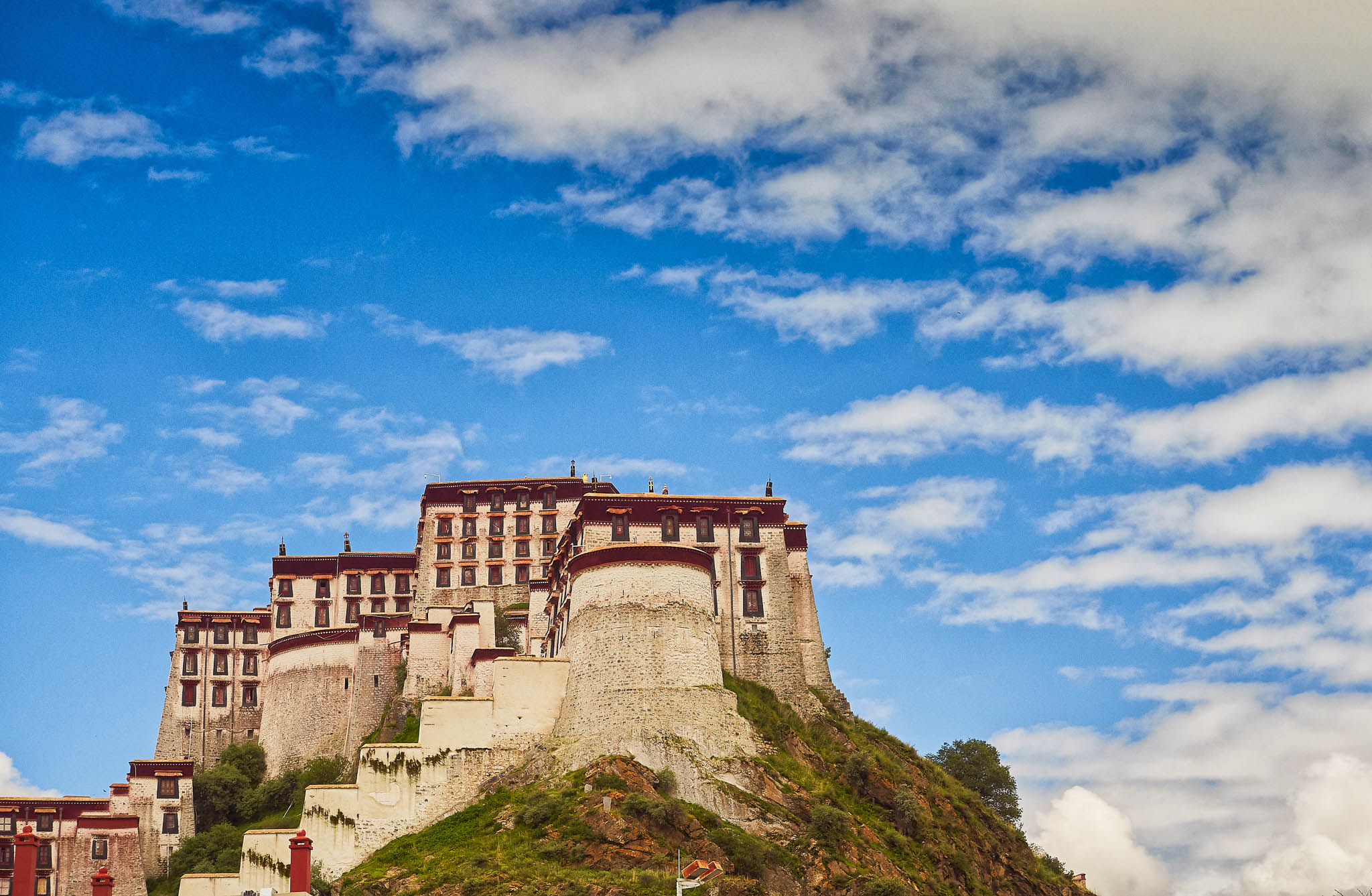 Side view of the Potala Palace, Lhasa, Tibet, China